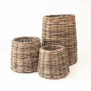 Conic Baskets